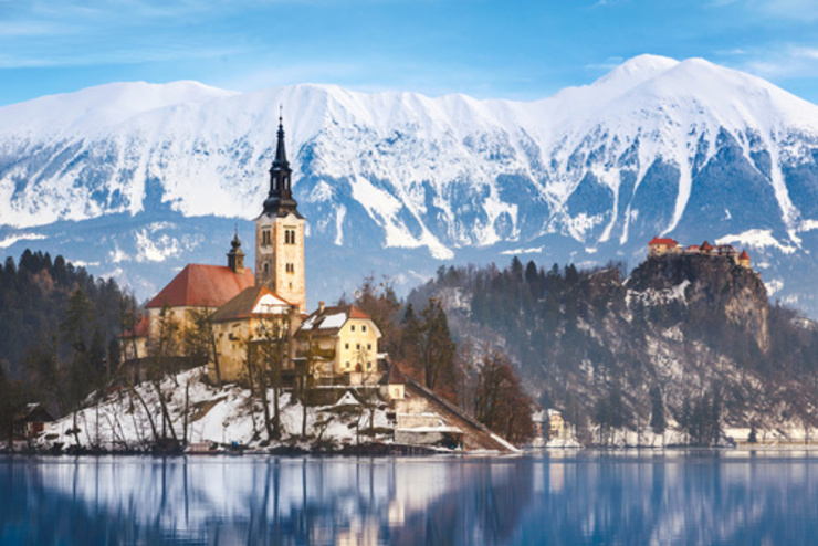 Enjoy the perfect Christmas and New Year with Walk Slovenia
